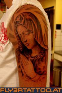 Realistik Maria in Bethaltung