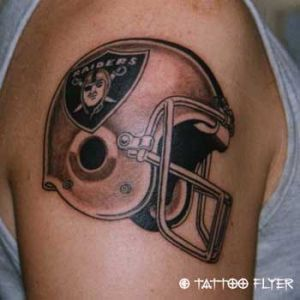 Tattoo-helm-flyer