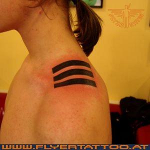 Tattoo Striche