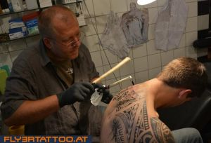 Traditionell-tattooing